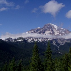 View of Mt Rainier from Rampart Ridge